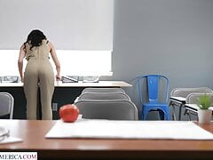 Crystal Rush & Anthony Pierce – She Drains Her Student's Balls